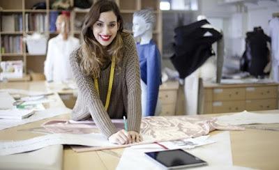 tips cara memulai usaha bisnis clothing line distro merek lokal kaos jaket sablon peluang sukses berhasil trik pemasaran mengembangkan penjualan memulai modal omset pendapatan penghasilan besar