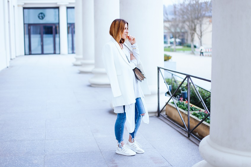 layering-tipps-pastell-outfit-lagenlook-spring-weiss-kombinieren-streetstyle-blazer-jeans-fashionblog-modeblog-whoismocca-3