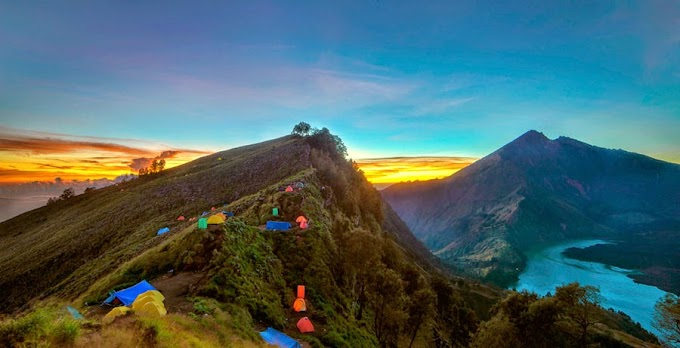 Climbing Mount Rinjani Package 2 days 1 nights starting from Senaru