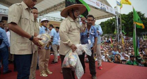 Kampanye di Yogyakarta, Prabowo Bawa Pulang Rp 39 Juta dan Singkong