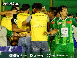 Festejo del gol de Gustavo Olguin - DaleOoo - Oriente Petrolero