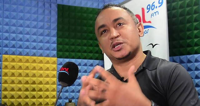 Controversial media personality, Daddy Freeze, has reacted to how Pope Francis donated his papal gold and white Lamborghini Huracan car to charity.