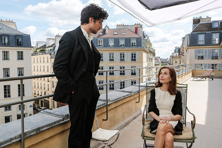 No cinema: As Falsas Confidências, filme de Luc Bondy, com Isabelle Huppert e Louis Garrel