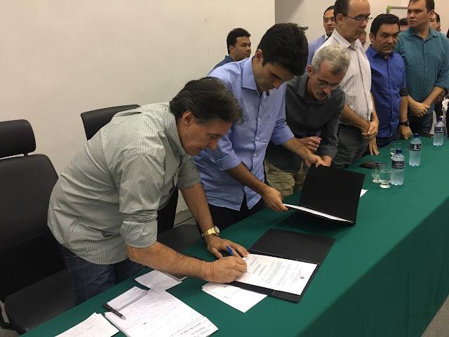 Eunício assina ordem de serviço para construção da barragem Lago de Fronteiras
