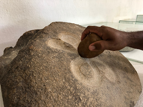 Foto Sylvia Leite - Matéria Pedra do Ingá - BLOG LUGARES DE MEMÓRIA