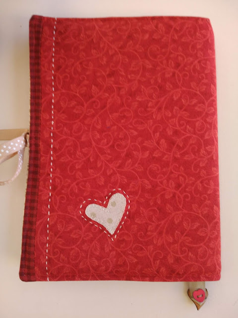 funda cuaderno, protege cahier, notebook case, costura, couture, sewing, patchwork