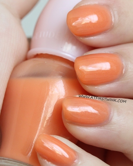 Etude House Petit Darling nail polish OR207 - Apricot Milk