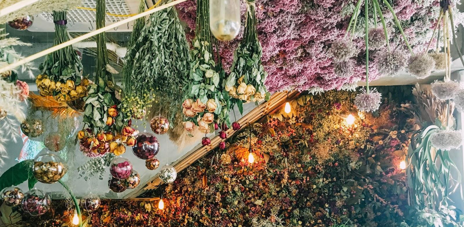 Beautiful Garden Themed Cafe around Seoul - Mini en Monde