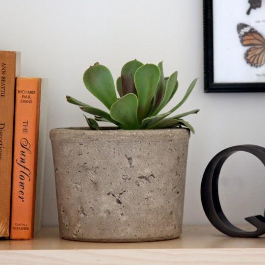 conseils d co et relooking planteurs de bricolage et les pots de fleurs des. Black Bedroom Furniture Sets. Home Design Ideas
