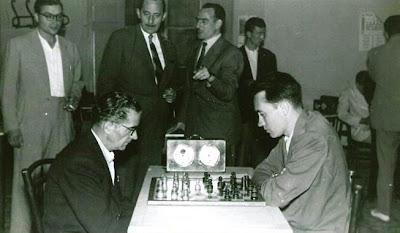 Partida de ajedrez Pedro Fiol Mercadé - Ridameya en 1957
