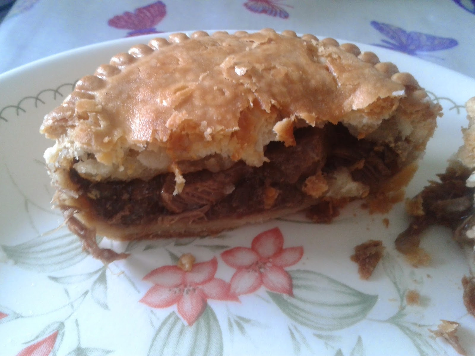 Pocklington's Steak Pie - Oven Cooked Edition Pie Review