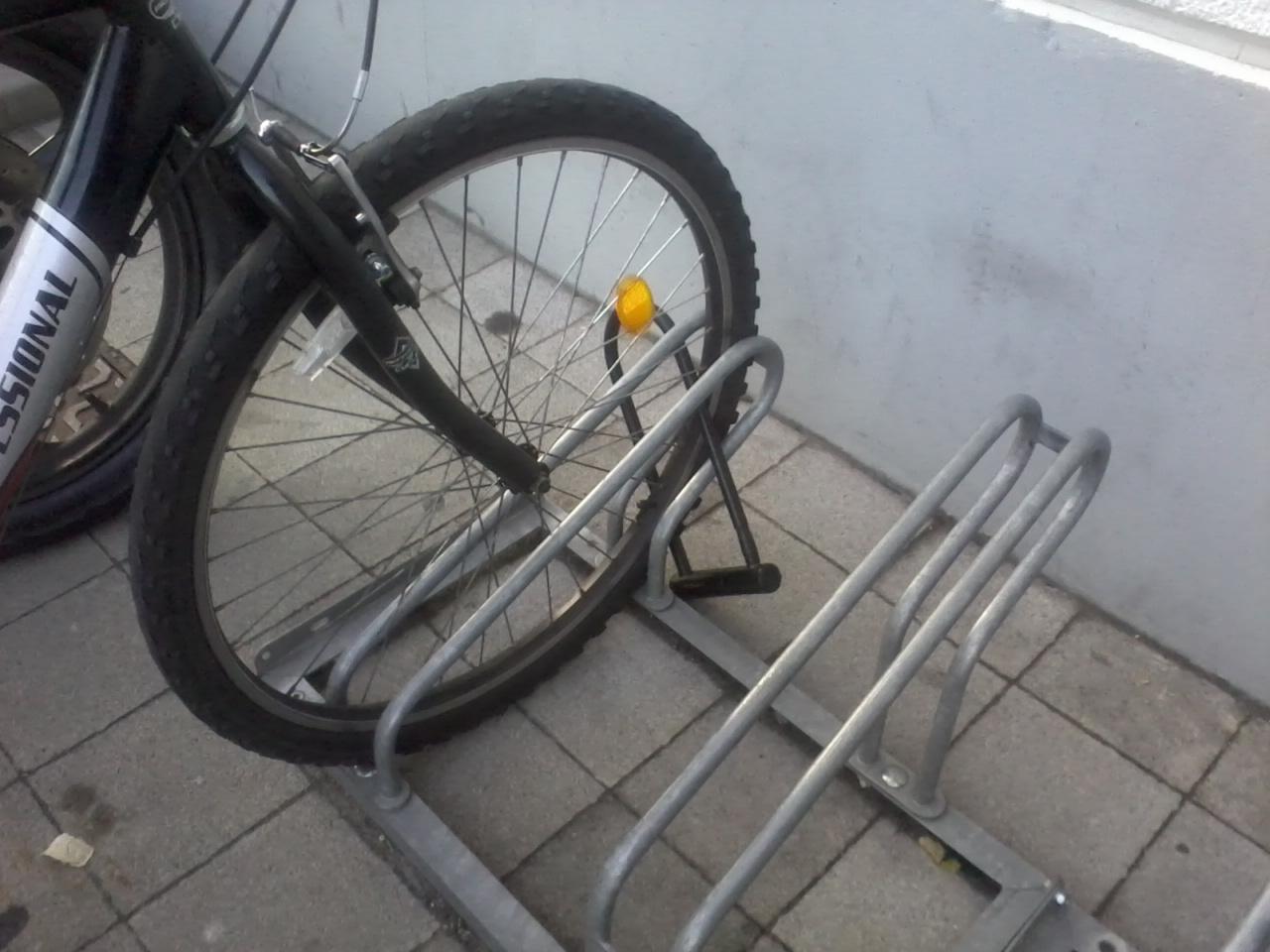 Kennington People On Bikes Lidl Quality Or Crap