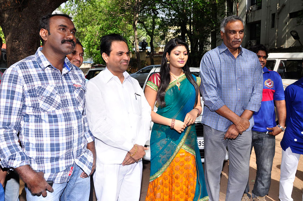 Sarikothagundi lokam movie opening event photos