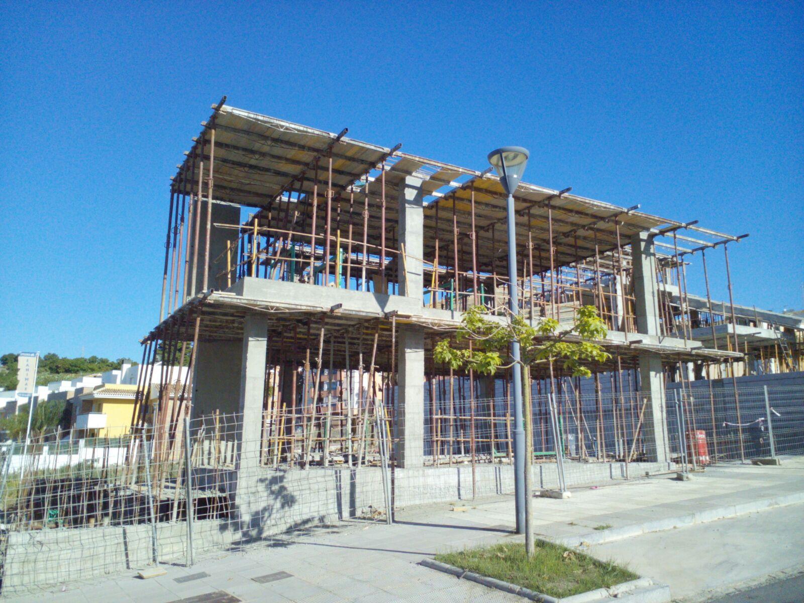 Gij n arquitectura blog seguimiento de obra vivienda - Escalera piscina decathlon ...