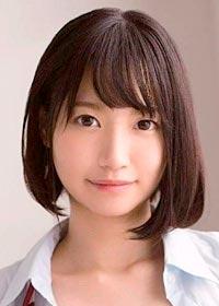 Actress Mako Iga