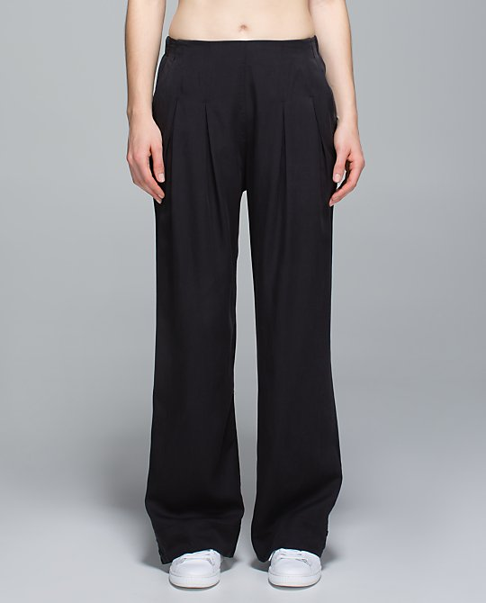 lululemon-easy-breezy-pant