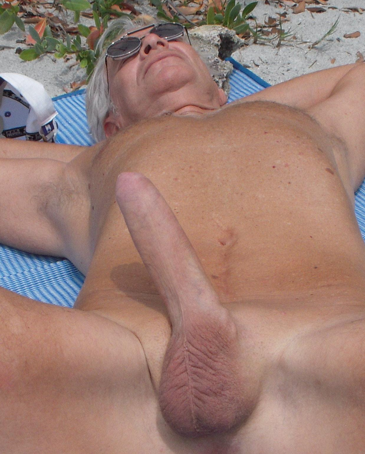 nude old grandfathers