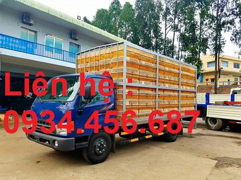 Xe tải Hyundai HD120sl 8 tấn chở gà vịt gia cầm