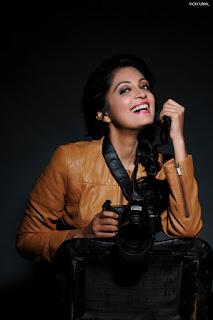 Actress Sheena Chohan sizzling pics 006.jpg