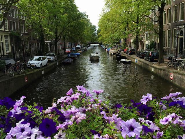 Amsterdam Interesting Facts in Hindi