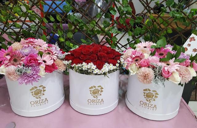 jual flower box surabaya, karangan bunga pernikahan surabaya, pemesanan karangan bunga surabaya