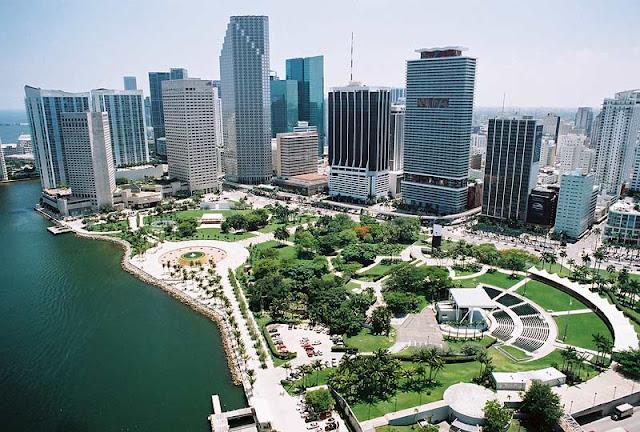 Vista aérea do Bayfront Park em Miami