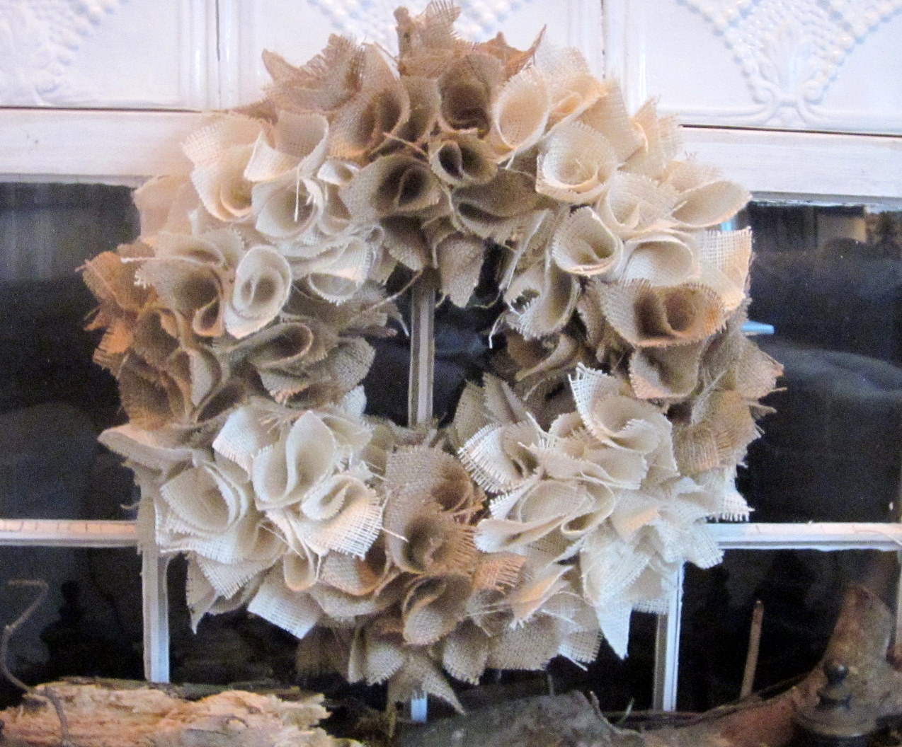 Down to earth style cute burlap wreaths for What to make with burlap
