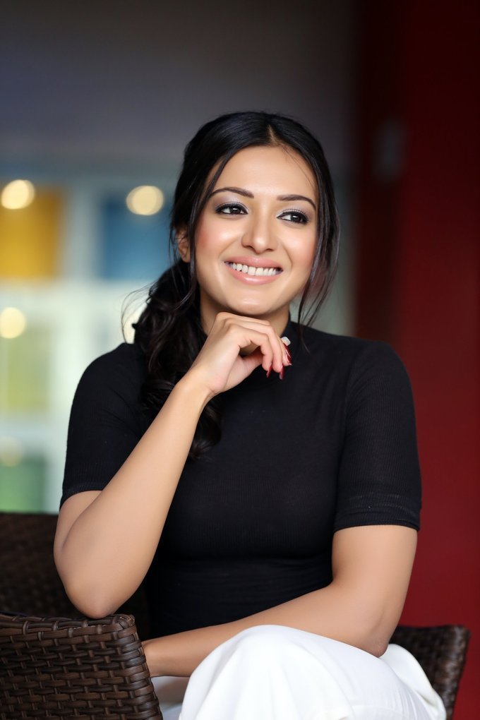 Telugu Girl Catherine Tresa Latest Photo shoot In Blue Top White Pant