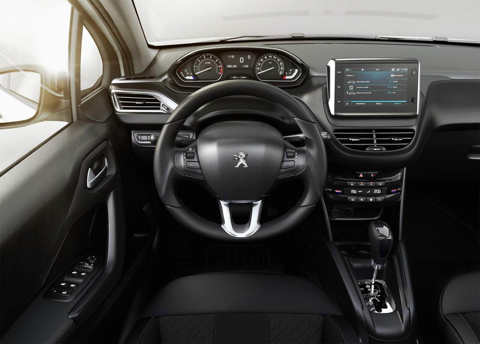 Peugeot 208 autom tico urbantech fotos pre o e detalhes for Peugeot 208 interior 2017
