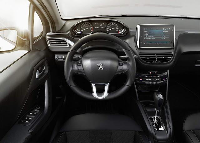 Peugeot 208 Automático UrbanTech