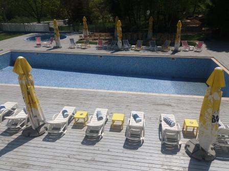 piscina hotel miorita neptun