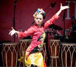 Tari Jaipong Seni Budaya Jawa Barat Dan Perkembanganya