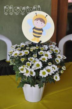 Centro de mesa Abelhinha flores