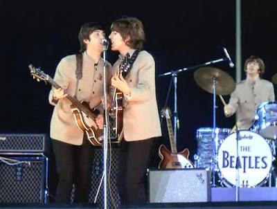The Beatles No Shea Stadium O Primeiro Show Em Estádios