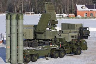 Rudal Pertahanan Udara S-400 Triumf