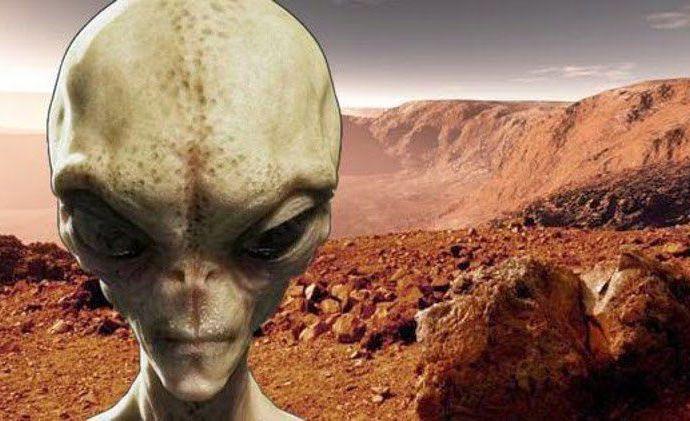«Οι άνθρωποι δεν είναι έτοιμοι να δεχτούν την ύπαρξη ζωής στον Άρη», λέει επικεφαλής της NASA!