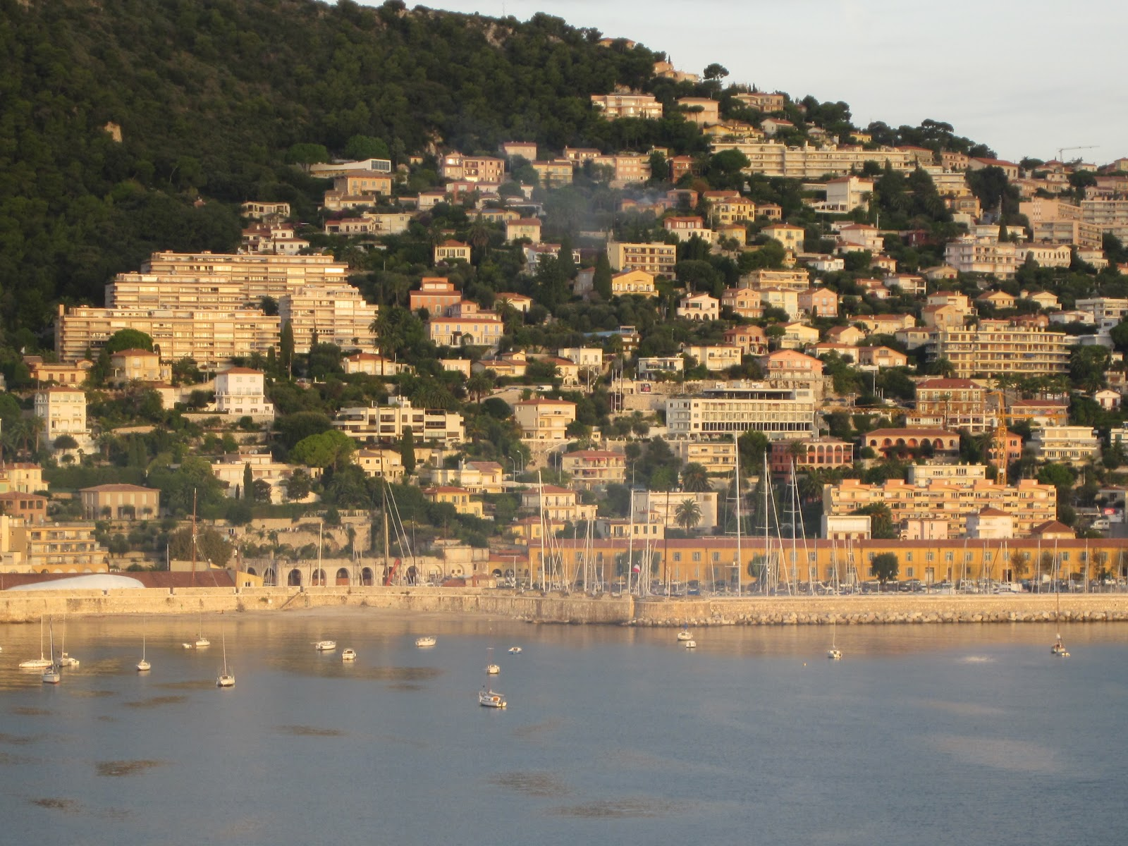 James bond locations villefranche sur mer part 2 - Port de la darse villefranche sur mer ...