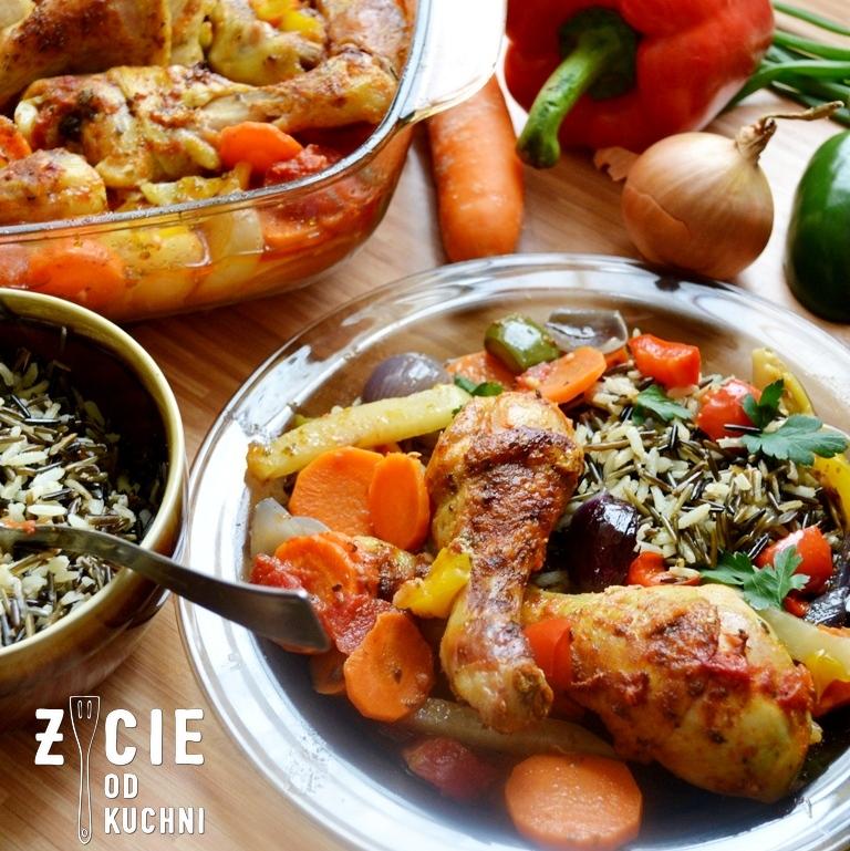 kurczak z warzywami, warzywa pieczone,