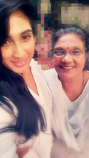 Deepti Sati with her mother Madhuri Sati