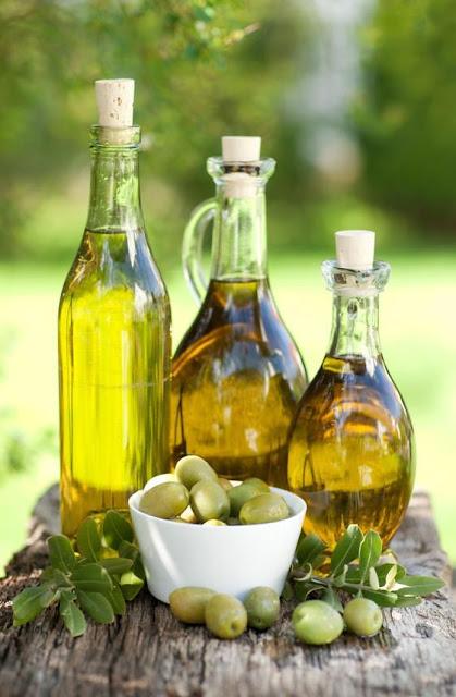 """Greek olive oil """"Liquid gold"""""""