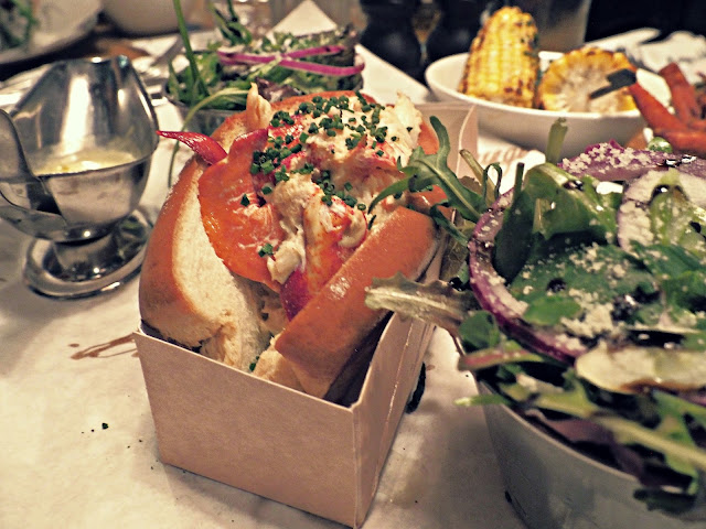 Burger and Lobster California Lobster Roll