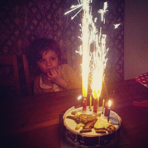 We Set Off The Fire Alarm With Fountain Sparkler Candles Lit On My Five Year Olds Cake Birthday Instagram P KnujLzIk60