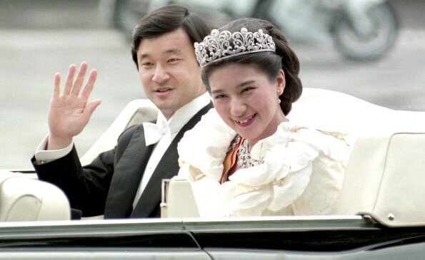 Naruhito first met Masako Owada at a tea party held for Infanta Elena of Spain. The wedding took place at the Imperial Shinto Hall