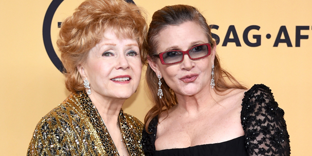 Late-in-the-day-after-the-death-of-her-daughter-Debbie-Reynolds