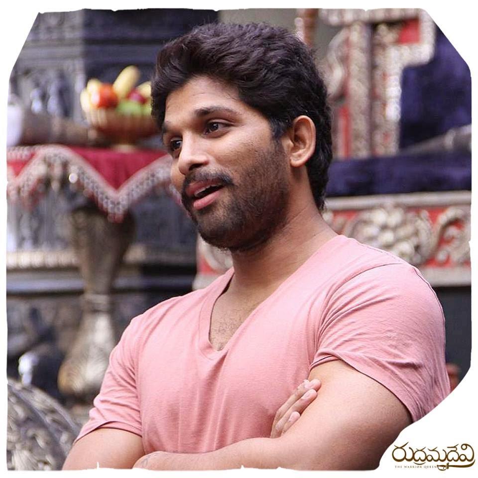Murattu Kaalai Movie Latest Stills: Allu Arjun In Rudramadevi Movie Latest Stills, Working