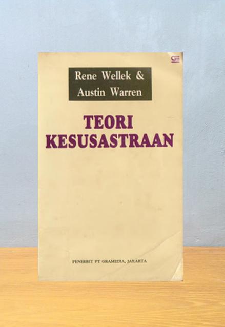 TEORI KESUSASTRAAN, Rene Wallek