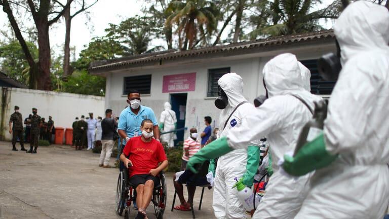الصحة-البرازيلية-حصيلة-الإصابات-بكورونا-تجاوزت-240-ألفا