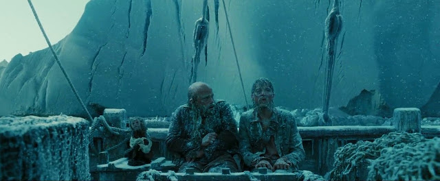 Screen Shot Of HOllywood Movie By Pirates of the Caribbean: At World's End (2007)  Download And Watch Online Free at Movies365.in