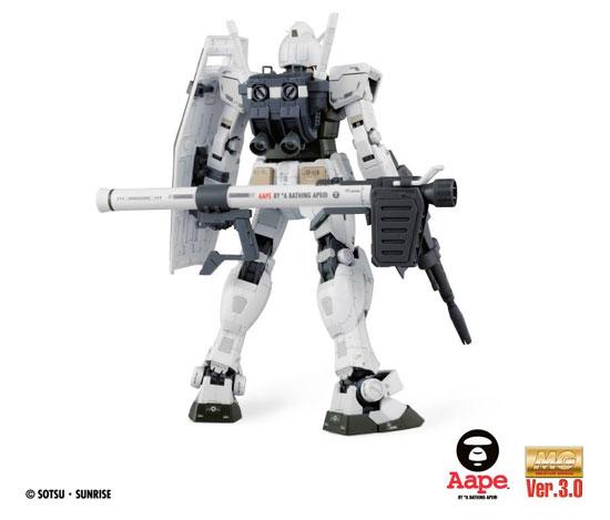 Bandai Gundam RX-78-2 BABY MILO Version Model Kit A Bathing Ape AAPE