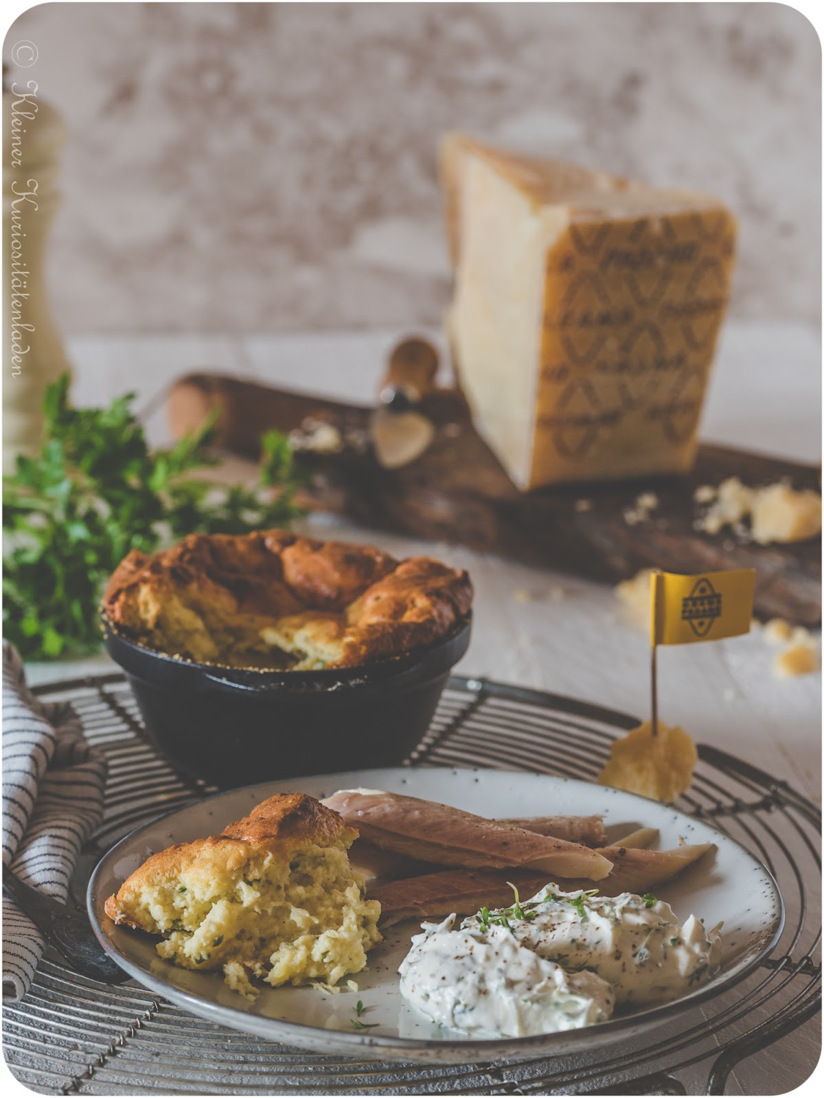 Kartoffel-Käse-Soufflé mit Grana Padano und Kräutern